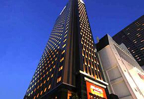 新宿で出張マッサージを呼べるホテル「アパホテル新宿歌舞伎町タワー」